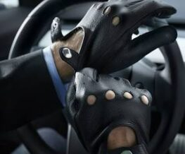 Luxury-Driving-Gloves-for-Lexus-drivers